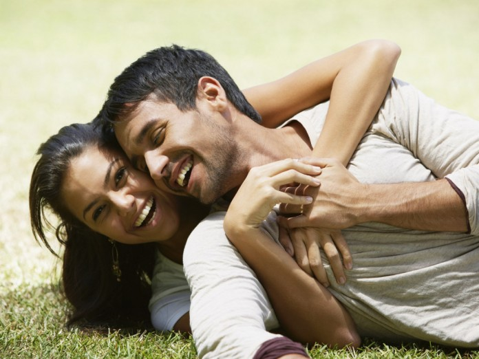 Top 10 Secrets to have happy and loving relationships